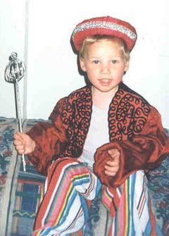 אני בפורים בגיל 5